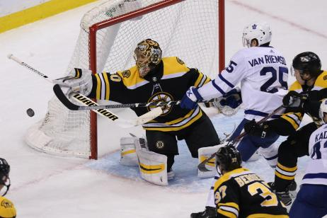Playoff Game 1 Bruins vs Leafs.jpg