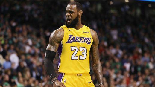 Lebron James Lakers.jpg